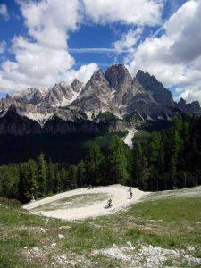 Monte Faloria, un balcone sospeso 1200 m sopra Cortina